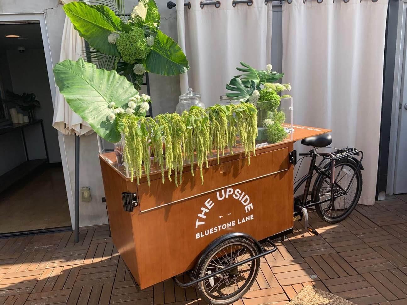 Fun-Design Coffee Cart